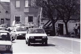 1989 Öffnung des eisernen Vorhang. Verkehr in Zurndorf 11PRO