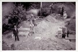 1955 bei der Arbeit ohne Mischmaschine 13EDA