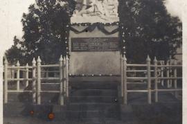 1950er Kiegerdenkmal 5PI