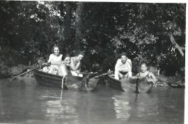 1950 Bootsfahrt in der Leitha 221BA