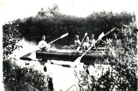 1950 28HF Paddeln in der Leitha