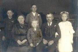 1921 Fam. Müllner, r. M. Müllner 134BA