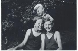 1920er M. Hutfles, Mädi Weiss, M. Wennes 59WB