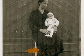 1930er Elisabeth und Hilde Beck (Kulcer) 91FM