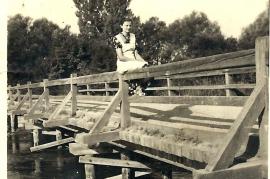 1940 14S G. Wendelin, an der oberen Leithabrücke 1940