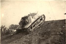 1939  Polnische TKS - Tankstelle  Baujahr 1934 - 1936 88MP