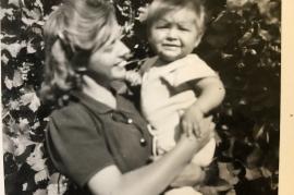 1950er Hilda Muckenhuber mit meinem (Isabell) Vater Hans Heiling (ihr Neffe) 15SP
