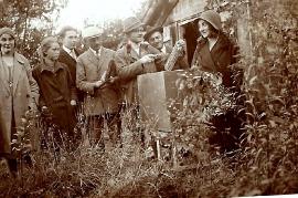 1948er Bei den Bienen 17HF