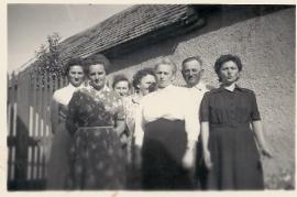 1950er Fam. Hutfles obere Hauptstraße. 8 58WB