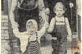 1959 orechts Pfarrer Resi Nagy, unten H. Kurucz, A. Kurucz 3SO