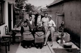 1956 Fam. Planka und Freunde 8PF