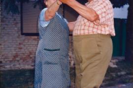 1988 Gassenfest Lagergasse, Fam. Hoffmann beim Tanz 33DEM