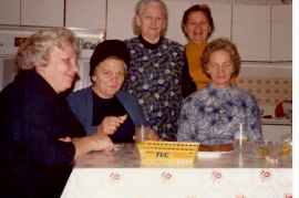 1977 3.v.l. Fr. Weiss 52WB