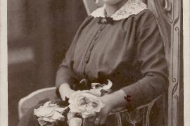 1910er Fr Polz wohnte UH 63 (jetzt ADEG Markt) 5SL